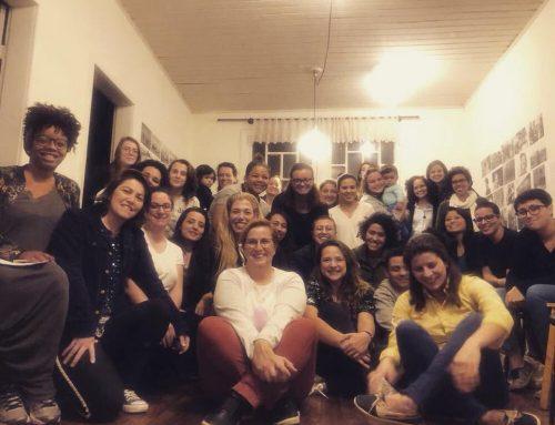 Conheça o Coletivo Cássia, organização que trabalha para dar visibilidade a lésbicas e bissexuais