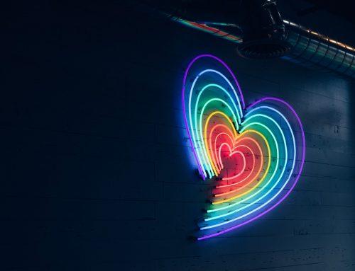 Dia Internacional contra a LGBTfobia: conheça iniciativas da Rede Legado